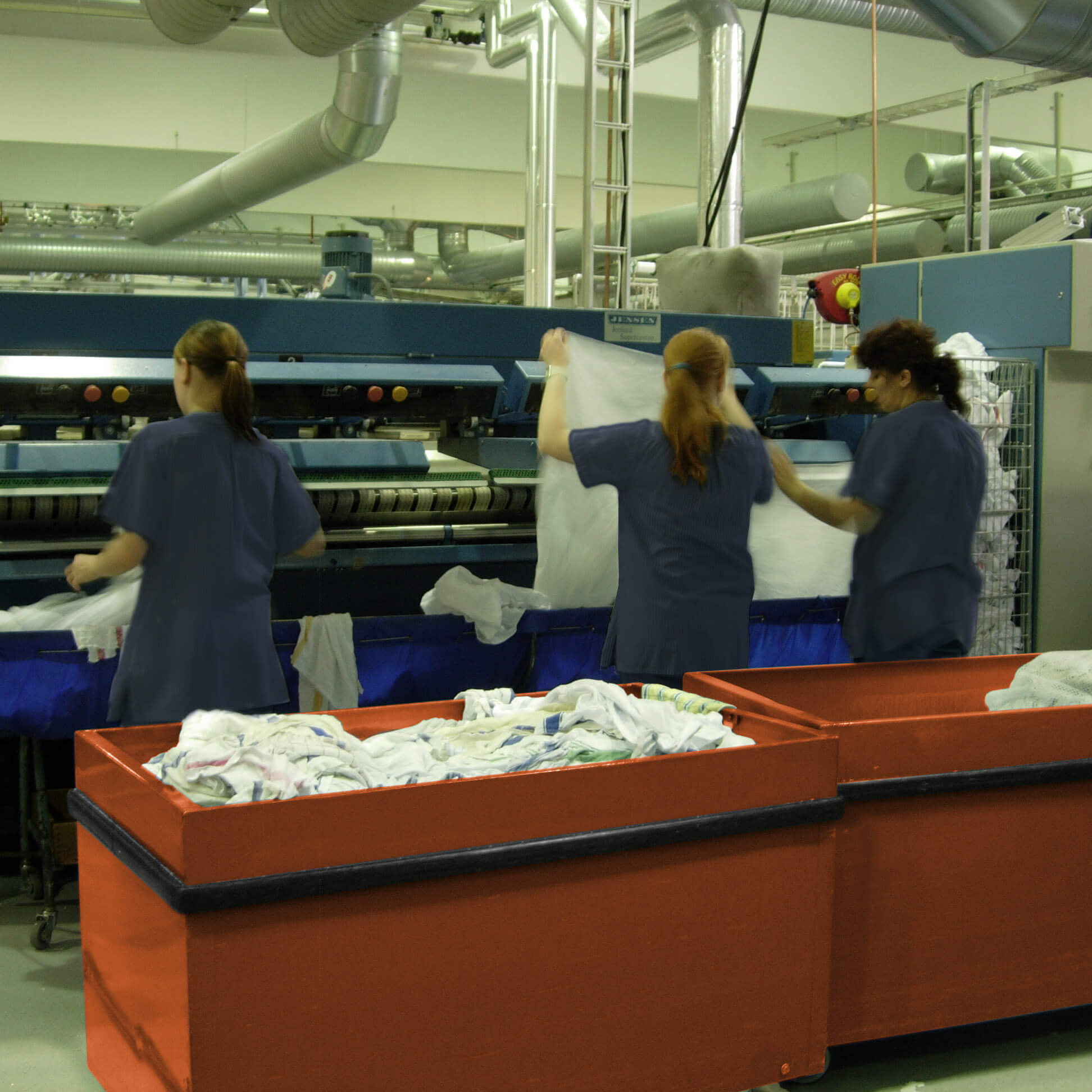 Senso factory workers_2